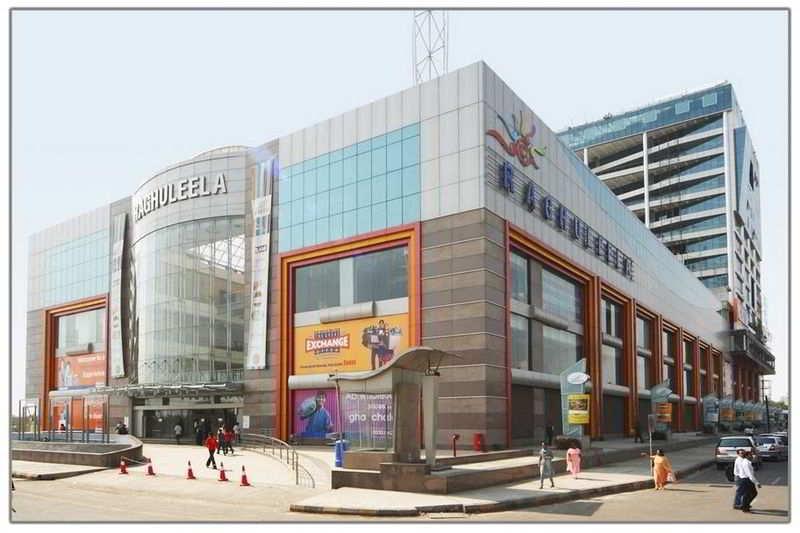 Commercial shop for sale in raghuleela mall vashi navi for Guntha to sq ft