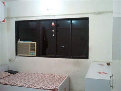 2 BHK, Multistorey Apartment / Flat For Sale in Kandivali West, Mumbai