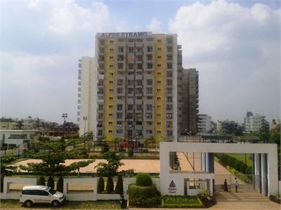 Multistorey Apartment / Flat For Sale in Sahakar Nagar, Bangalore