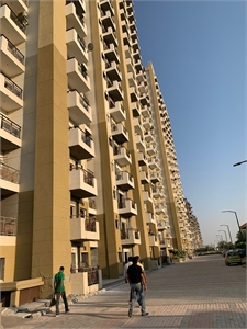 2 BHK Multistorey Apartment / Flat for sale in Omega-1 ...